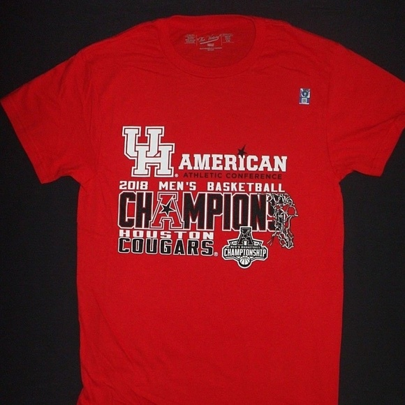 Victory Brand Other - University Houston Cougars Basketball T- Shirt Red